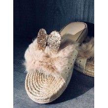 Papuci dama cu puf si urechi culoarea bej marimea 41