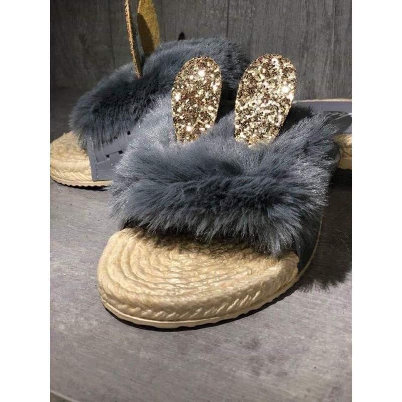 Papuci dama cu puf si urechi culoarea gri marimea 36