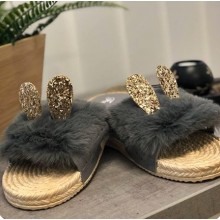 Papuci dama cu puf si urechi culoarea gri