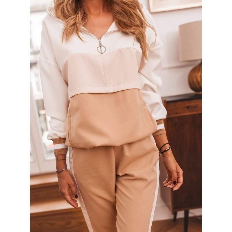 Trening roz-alb cu maneca lunga si pantaloni lungi