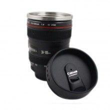 Cana in forma de obiectiv SIKS® EF 24-105mm, interior din inox si extrerior din plastic, mentine bauturile calde, negru