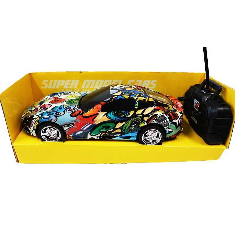 Masinuta multicolora cu telecomanda