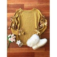 Pulover tricotat cu fundițe aplicate pe mâneci galben mustar