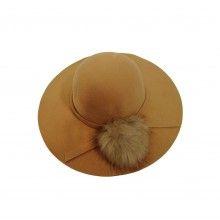 Palarie dama cu ciucure de blana artificiala